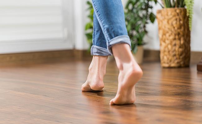 Varmestyring fra Nobø lar deg styre varmen også på gulvene - rett fra mobilen.